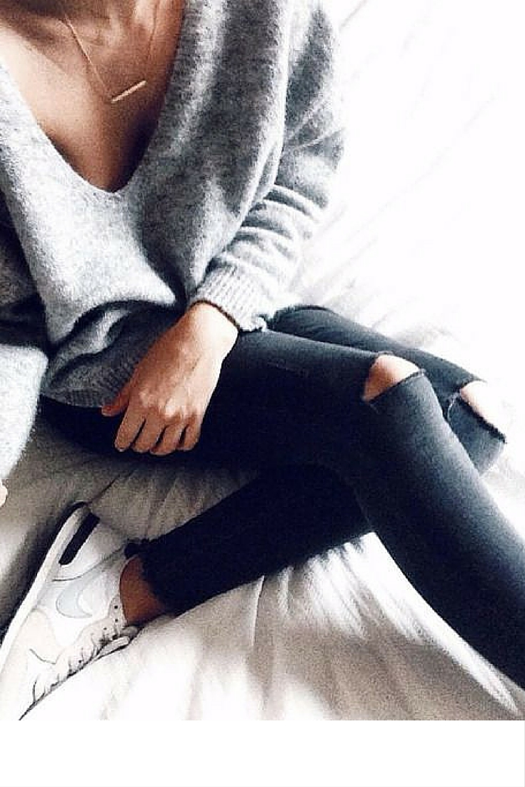 sneakers and pearls, casual outfit, jeans and grey v neck jumper, trending now.jpg