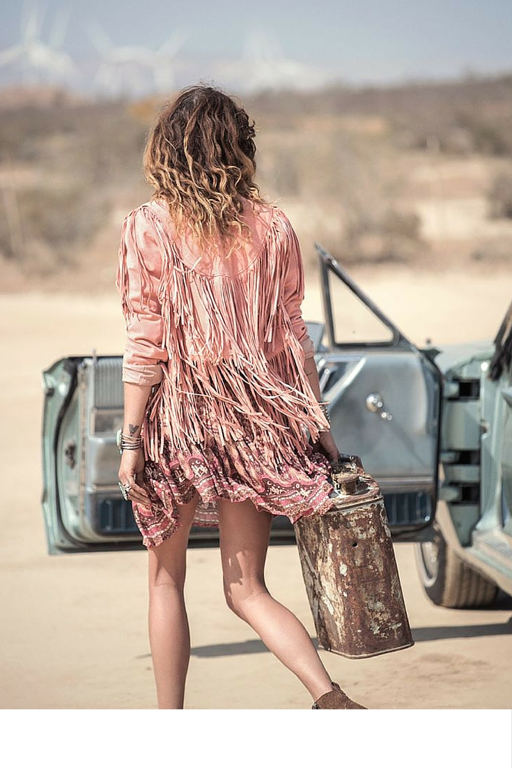 sneakers and pearls, spell byron bay, desert photo shoot, trending now.jpg