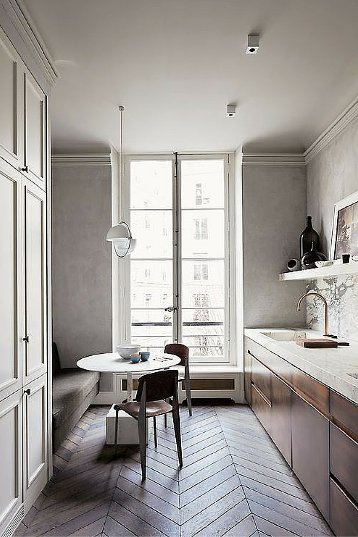 sneakers and pearls, small smart spaces, cute kitchens, wooden floors, minimalistic apartments, always trending.jpg
