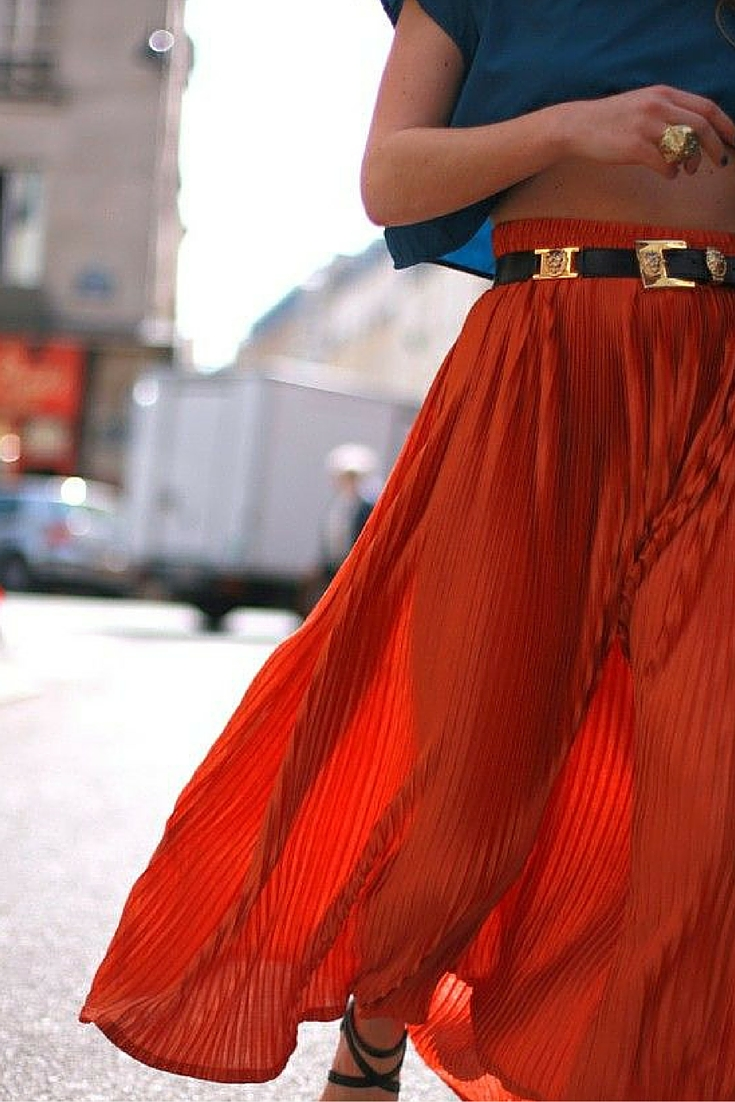 sneakers and pearls, street style, pleated skirt with a cropped top fpr a boho look, trending now.jpg