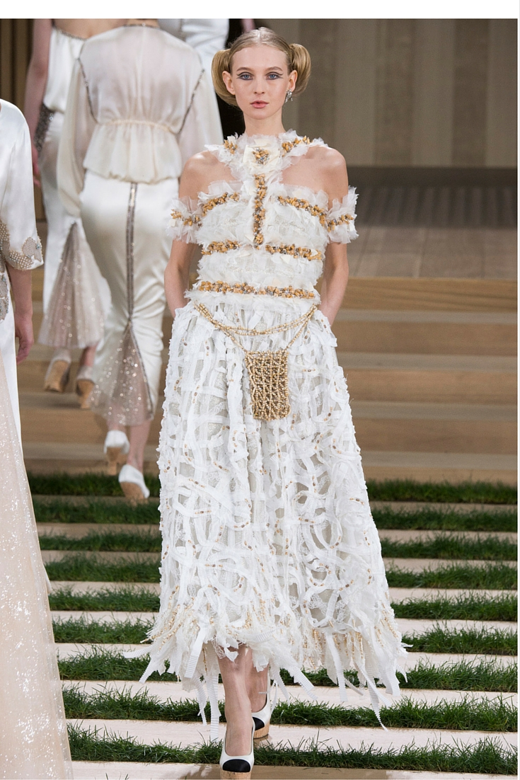 sneakers and pearls, haute couture 2016, coco chanel, karl lagerfeld, top models, white abstract dress, trending now.jpg