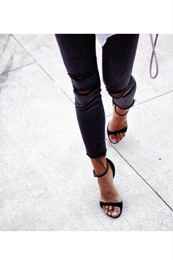 sneakers and pearls, street style, black knee ripped jeans, black open sandals, trending now.jpg