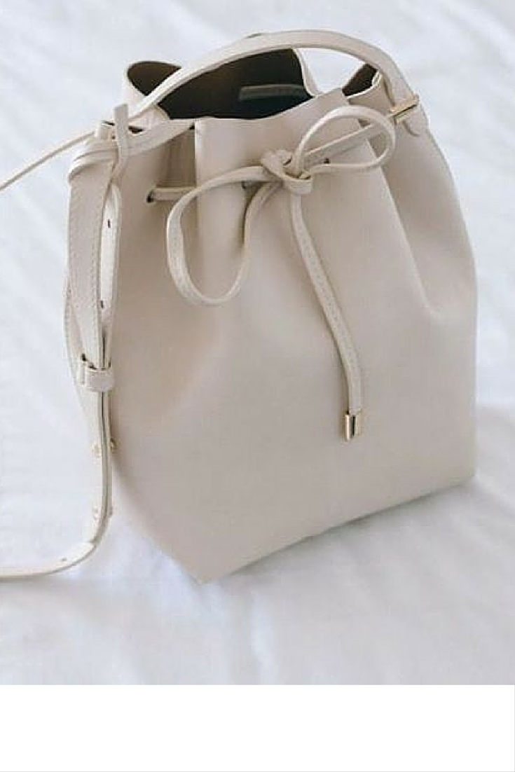 sneakers and pearls, beige backet bag, trending nowjpg.jpg