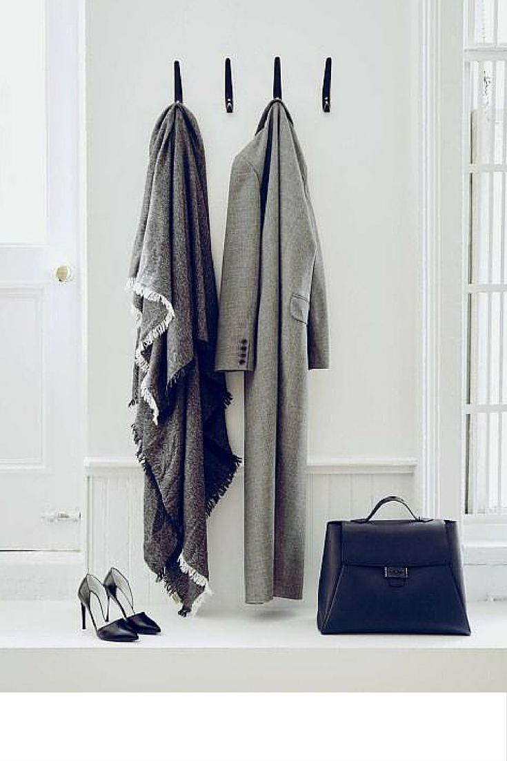 sneakers and pearls, minimalistic style, grey coat, black pumps and black bag ready to go to the office, office wear, trending now.jpg