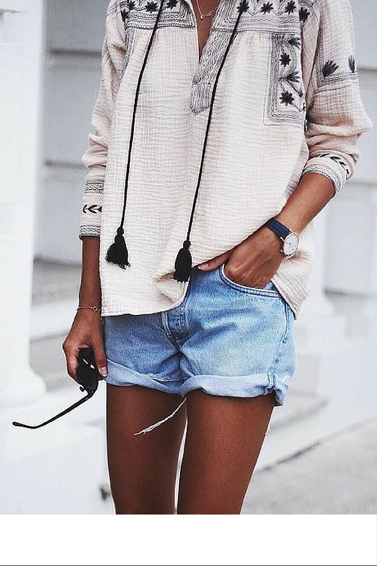 sneakers and pearls, street style, bohemian style, denim shorts, boho shirt, trending now.jpg