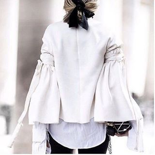 White sensation personalised☁️☁️ repost via u-la-la-land.tumblr #nyc #fashion #cool #streetfashion #fashionable #ootd #fashionista #streetstyle #trendy #streetwear #love #goodmorning #life #enjoy #sunshine #fashion #music #friends #white #happy #relax