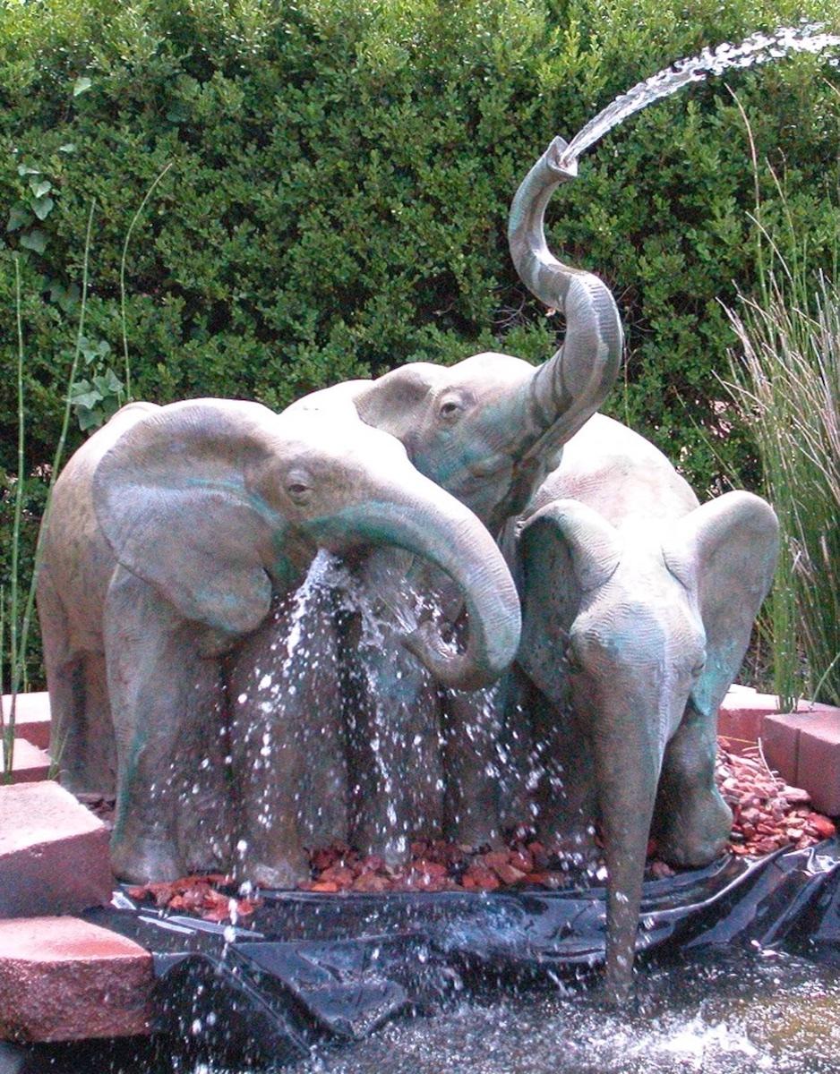 15 Baby Elephant Fountain.jpg