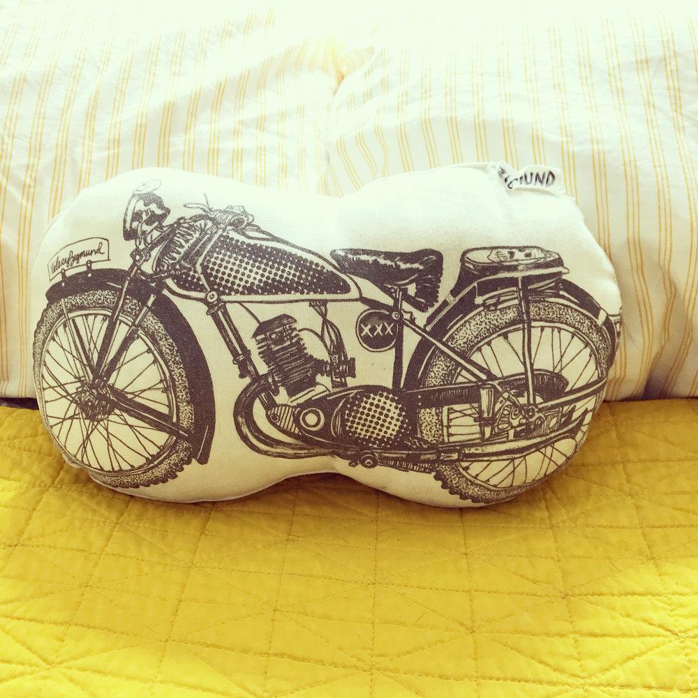 procuct_pillow.jpg