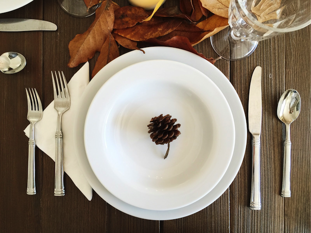 Thanksgiving_Table-14.png