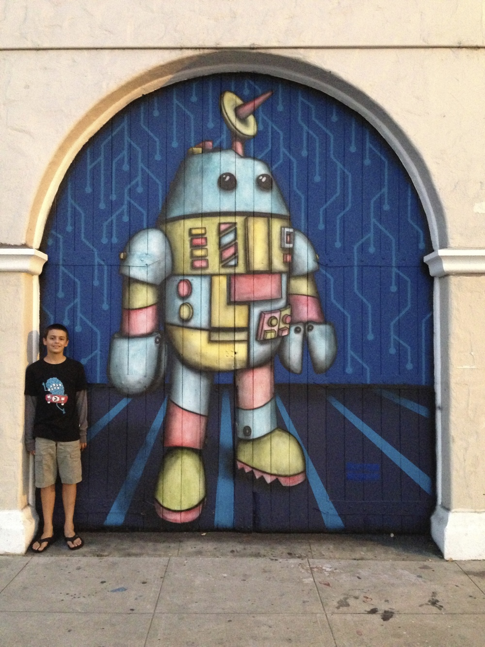 Robot Mural by Matthew McAvene with son Ben McAvene Ben Catch.jpg