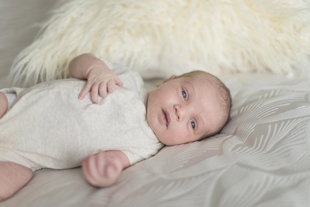Sofia_newborn-4 copy.jpg