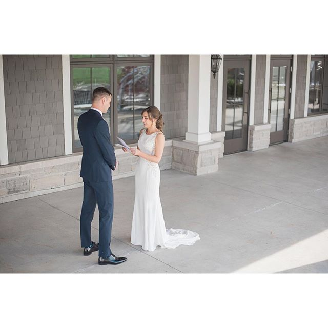 A first look can be an amazing part of your wedding day. Dave + Suzanne took advantage of the time alone to read each other their vows.⠀ .⠀ .⠀ .⠀ .⠀ #torontoweddingphotography #torontoweddings #whistlebearwedding #whistlebear #weddingideas #weddinginspo #weddingday #brideandgroom #futuremrs #gettingmarried #greylikesweddings #soloverly #storyportrait #radstorytellers #theweddinglegends