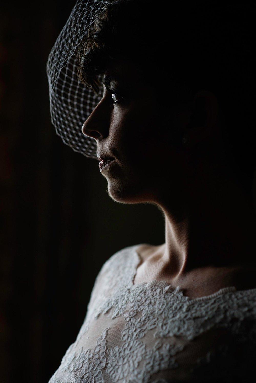 Mariwynbridalportrait_profile00.jpg