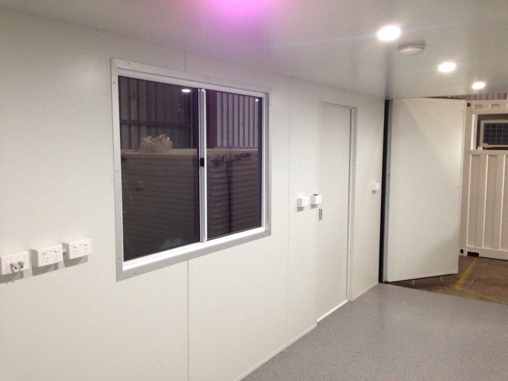 20ft Office 1.JPG