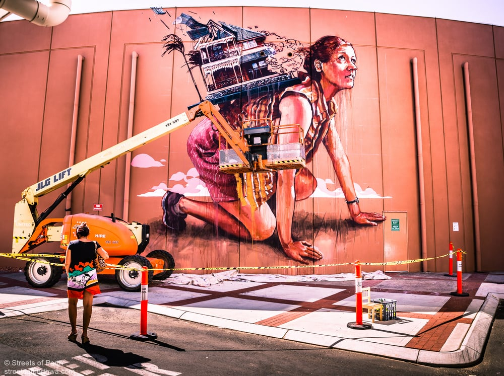 Finton Magee painting in Bunbury for Re.Discover 2015