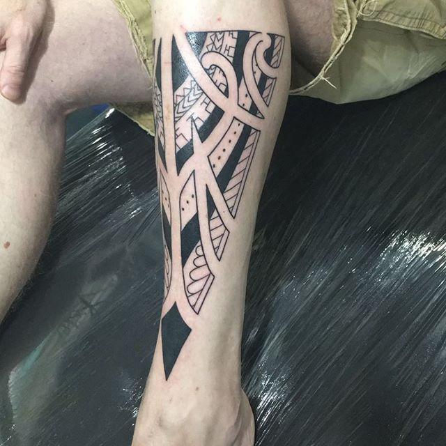 The turn out for first session. TBC. a custom Polynesian design  #lifeartcreations  #losangelestattooartist  #custom  #art #leg #tattoo  #polynesian