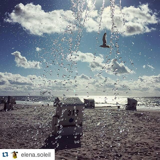 #Repost @elena.soleil ・・・ let the sun shine and the water run! #kampen#sylt#beach#shower#ilwsylt