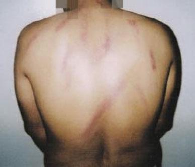 detainees_01.jpg