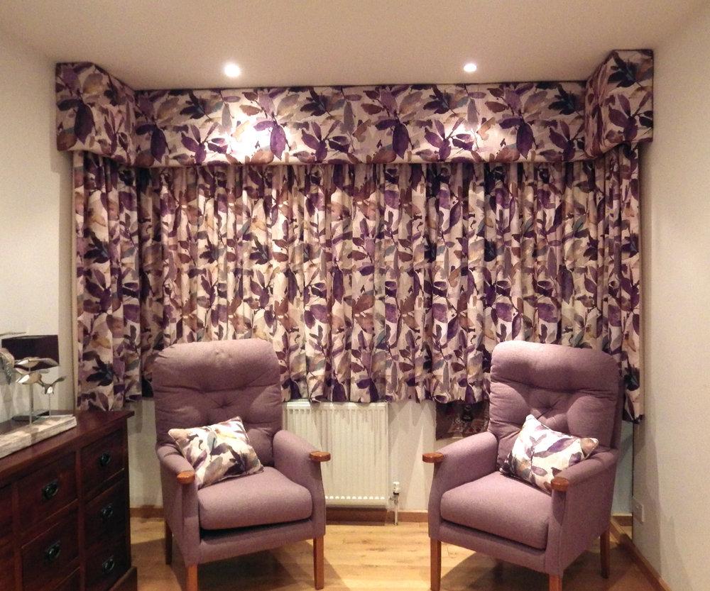 wendy_debenham_pelmets_curtains_chair_1.jpg