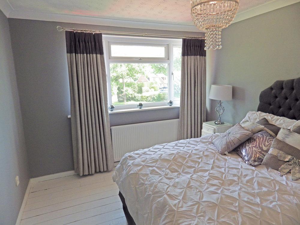 wendy-debenham-brown-top-curtain-3.jpg