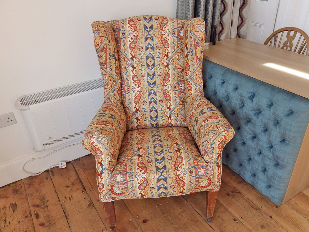 wendy-debenham-loose-chair-cover-2.jpg