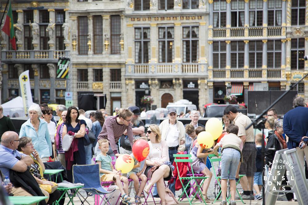 79-Brussel Danst 2016 Logo - Lies Engelen.jpg