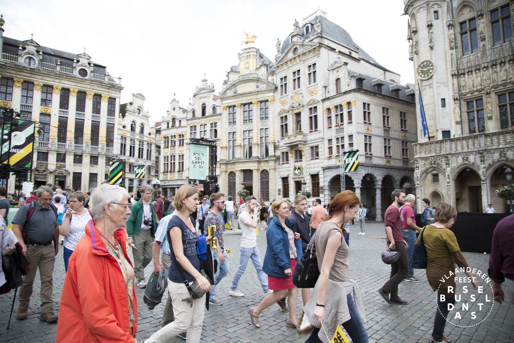 86-Brussel Danst 2016 Logo - Lies Engelen.jpg