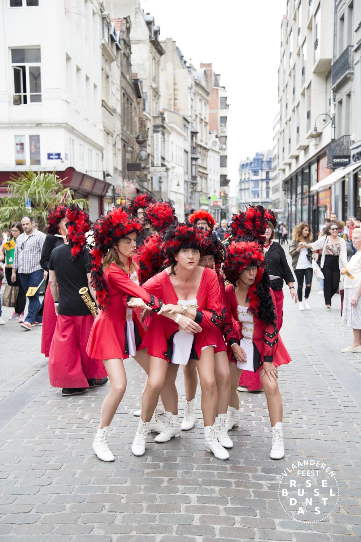 119-Brussel Danst 2016 Logo - Lies Engelen.jpg