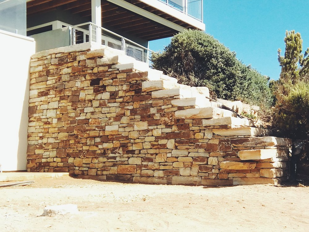 Carey Gully Sandstone Traditional Dry Stone Retaining Wall. Christies Beach, South Australia