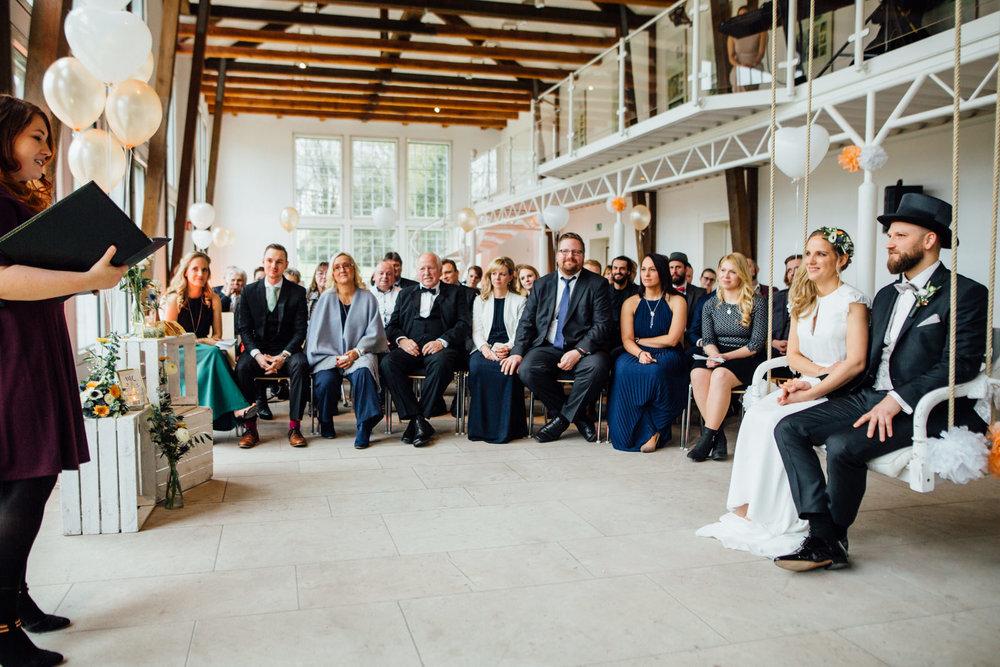 Hochzeitsfotograf_Rödental_Alte_Mühle_Alte_Orangerie_Schloss_Rosenau_100227228.JPG