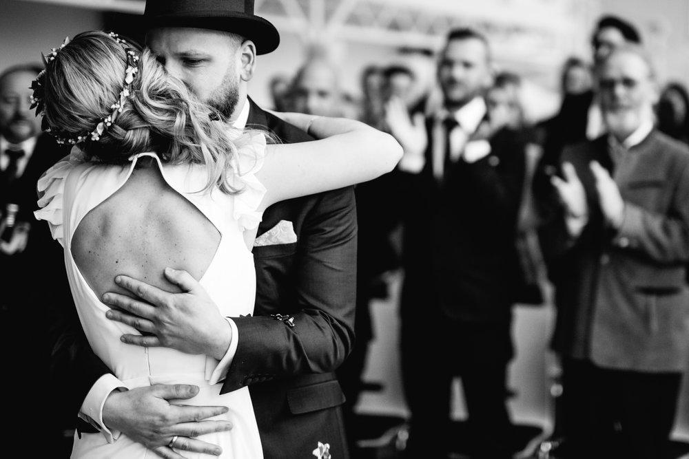 Hochzeitsfotograf_Rödental_Alte_Mühle_Alte_Orangerie_Schloss_Rosenau_100227240.JPG