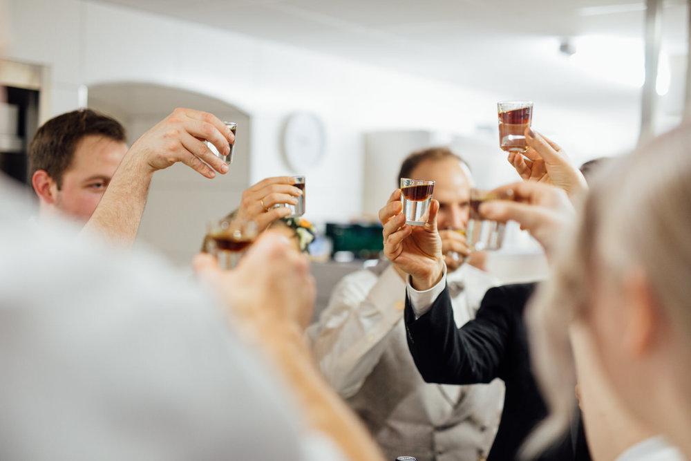 Hochzeitsfotograf_Rödental_Alte_Mühle_Alte_Orangerie_Schloss_Rosenau_100227265.JPG