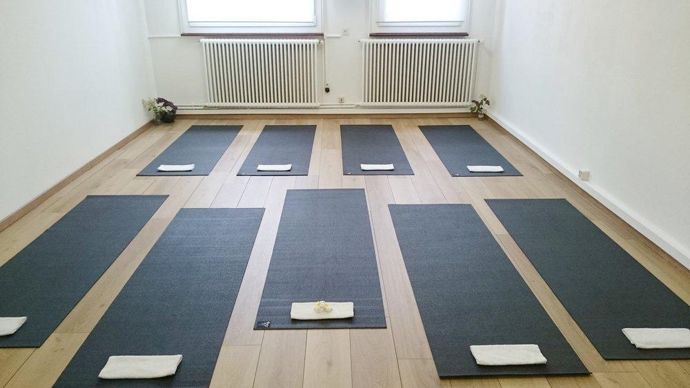 Copy of vinyasa yoga geneva - yoga studio geneva