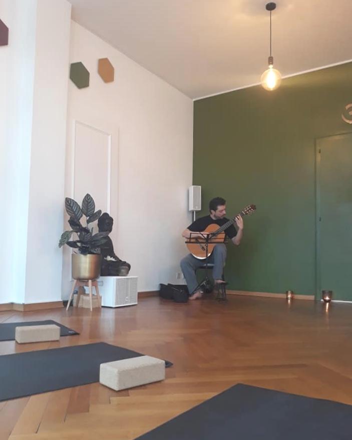 Yoga+Lab-rise+and+shine-vinyasa+yoga.jpg