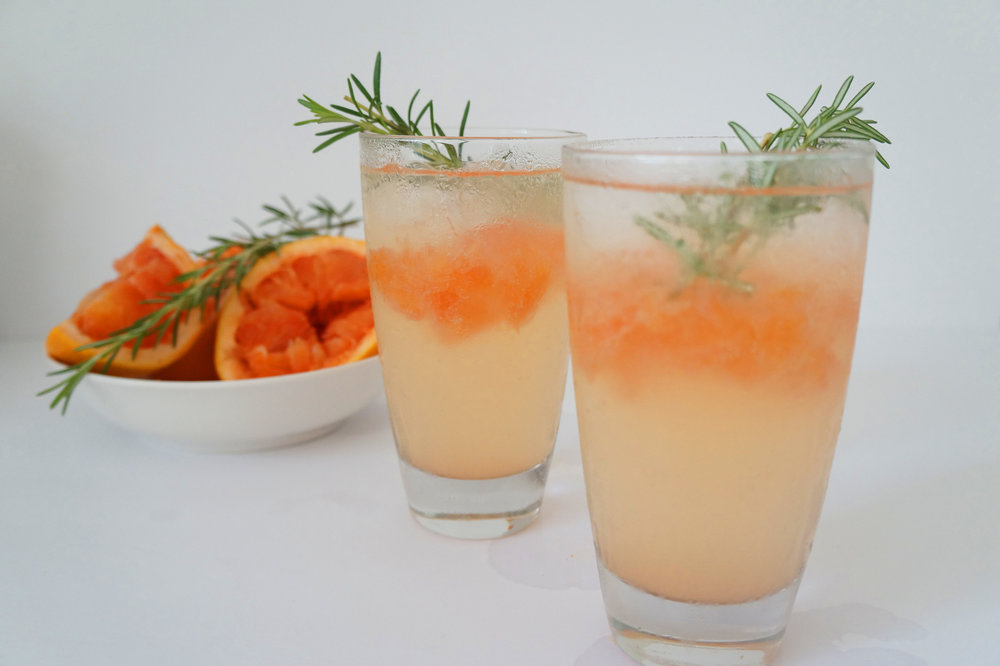 Brunch and Sew Sewing and Lifestyle Blogger shares a rosemary and grapefruit cocktail