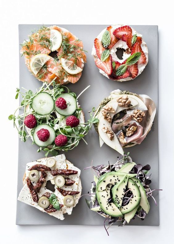 Brunch and Sew Memphis Lifestyle BLoggers shares bagel ideas for brunch