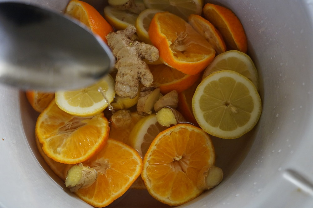 Brunch and Sew Memphis Lifestyle Blog shares how to make your own natural home scent with fruit and herbs