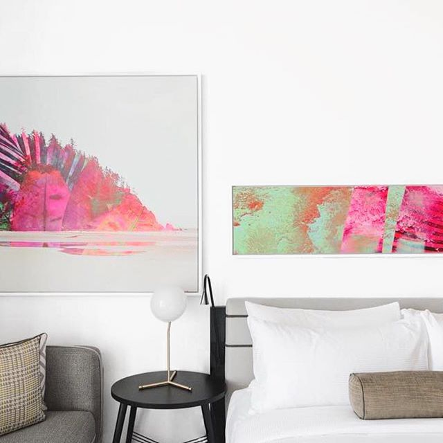 The perfect mix of contemporary and abstract 🙌🏼 #clean #minimalist #modern #interiordesign #art #contemporary #abstract #thewilliamvale #williamvalehotel #hotel #brooklyn #bklyn #nyc