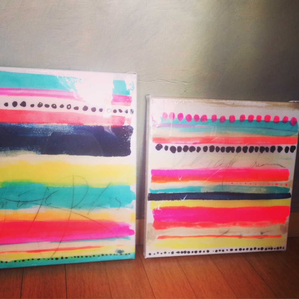 The result: mini paintings on canvas withliquid acrylic in neons and shimmering gold, dots, lines andtext, finished out in hand-poured epoxy.