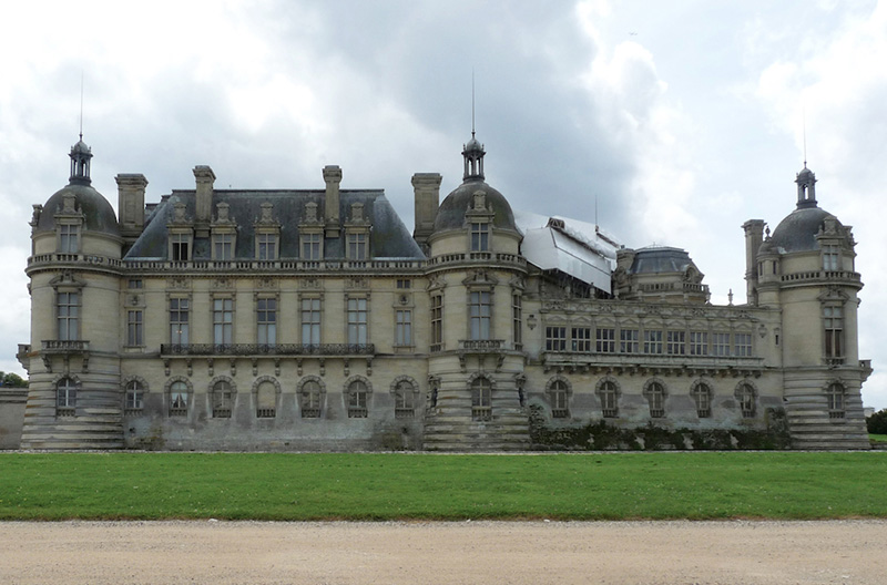 Chantilly External 5 800.jpg