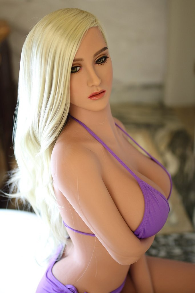 best-sex-doll-ever-girls