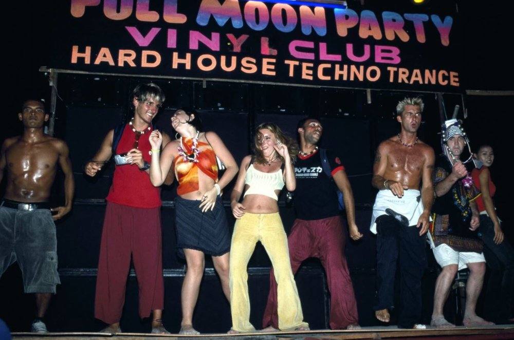 A vintage full moon party. Photo by parasola.net courtesy Alamy Stock Photo