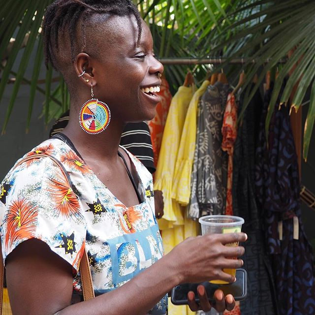How do you #MakeLifeHealthy? For Yvette Tetteh, it's through nourishing the mind and body through her business, Pure and Just Food; her yoga practice, Y Yoga @arbitrary_artist; and a refreshing cup of Minga iced tea. 🍹🍌 Check out Yvette's delicious dried fruits, available locally in Ghana: http://pureandjustfood.tumblr.com/ . . . #MakeLifeHealthy #Moringa #Superfood #Natural #Healthy #Vegan #Vegetarian #Health #Organic #Ghana #MadeInGhana #Accra #FitFam #yoga