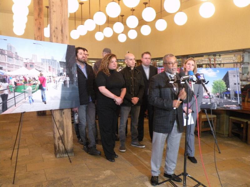 Alderman Burnett, CDOT Commissioner Rebekah Scheinfeld and community stakeholders announce construction of the new Fulton Market Streetscape planned to start in March 2017.
