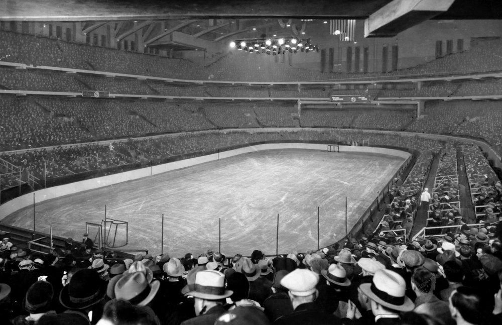 Chicago_Stadium_1930.jpg
