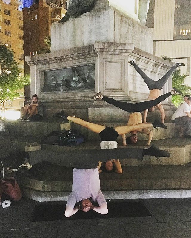 #tbt to that time I made friends at work . . . . . . . . . . . . . . . #tbt #throwbackthursday #inversion #handstand #headstand #queer #columbuscircle #yoga #dancerlife #split #extension