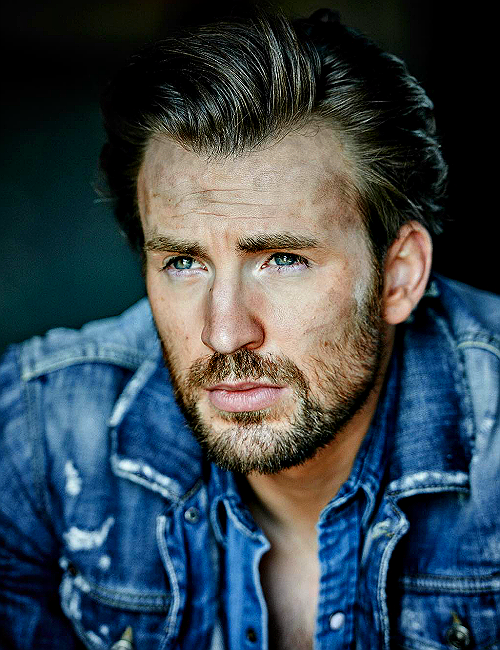 Oh, Christopher. With your perfect beard and your Canadian tuxedo and your mild hangover (probably). Let's go somewhere.