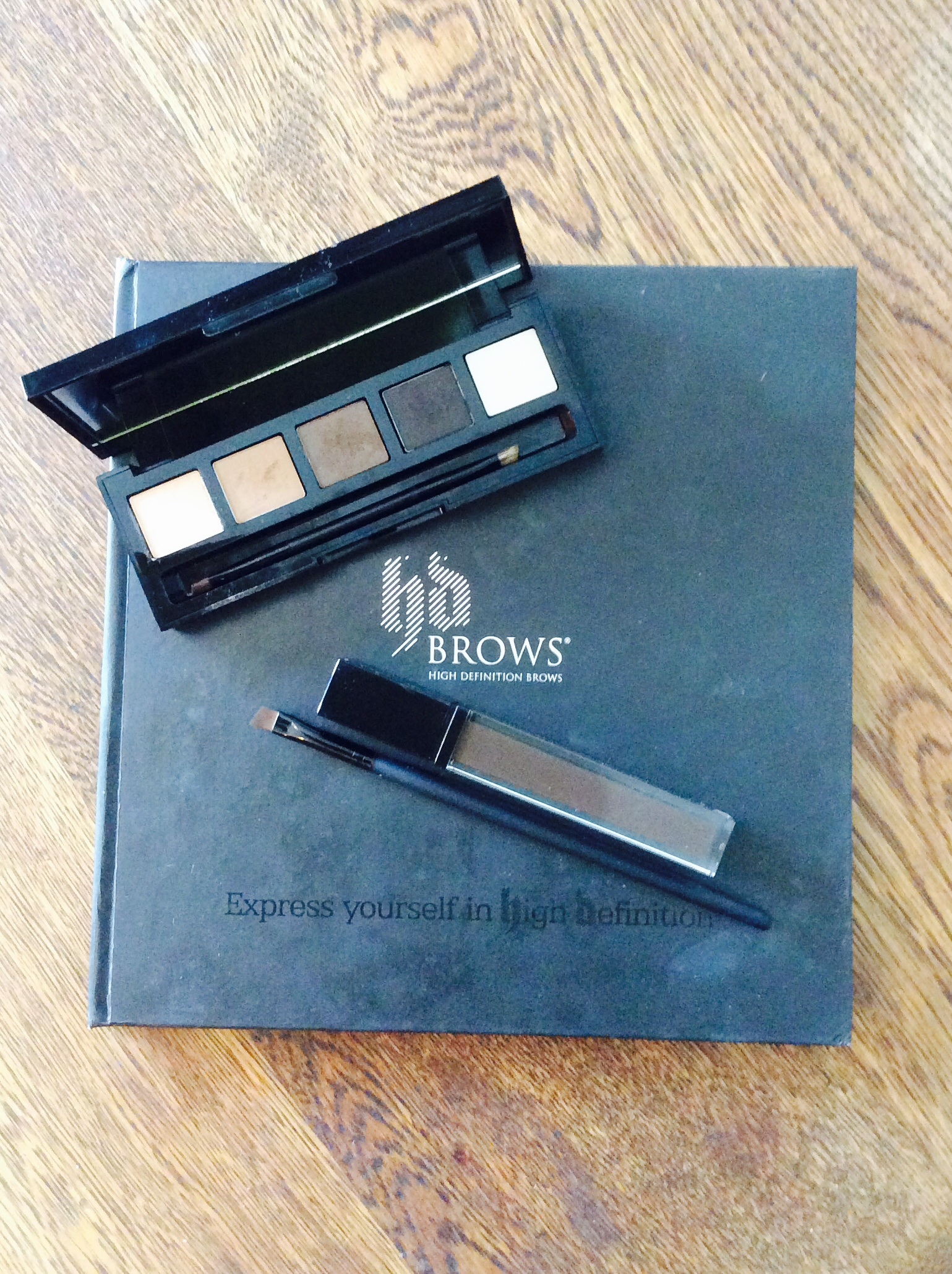 Colour Fix and Eye and  Brow Pallette by HD Brows