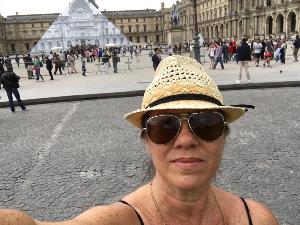 This is as close as Anxiety Girl could get to the Louvre in Paris. Too many people.