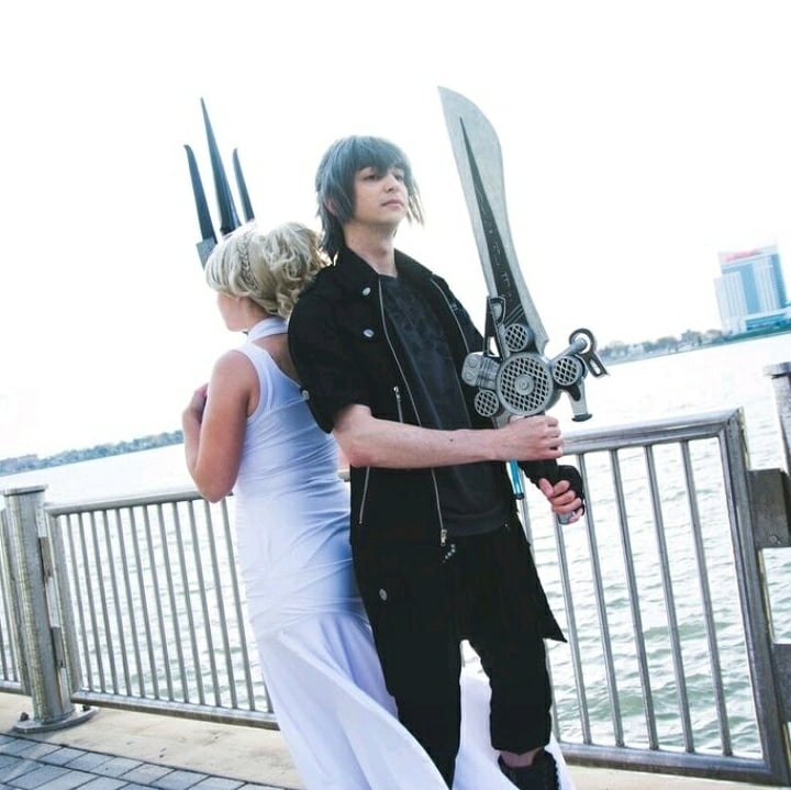 I met  Heckin Sleepy Cosplay  a long time ago, honestly I don't remember when but we bonded over Persona and I finally got to cosplay with him at our P5 shoot. An all-around awesome dude, and a great cosplayer.  Photo: Noctis (Final Fantasy XV) Photo by  Madster